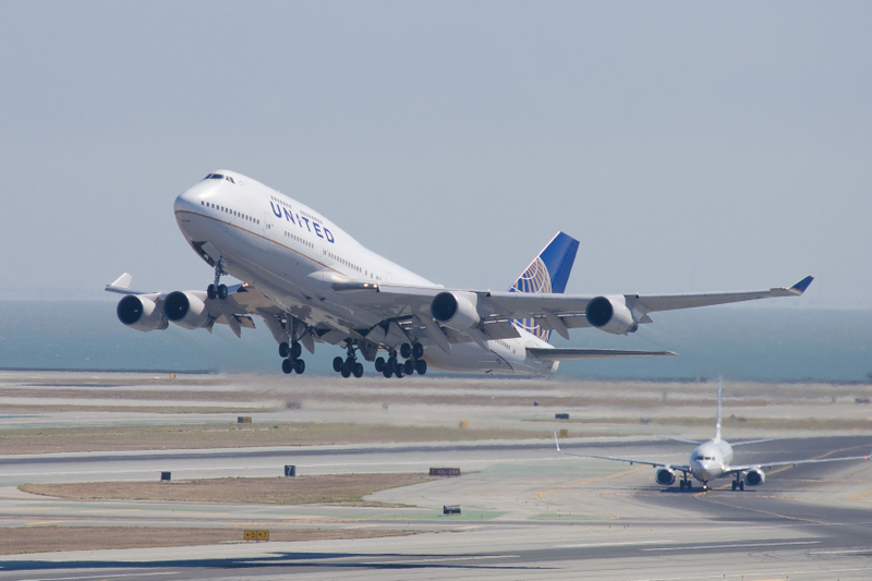 Boeing 747 Takeoff at SFO