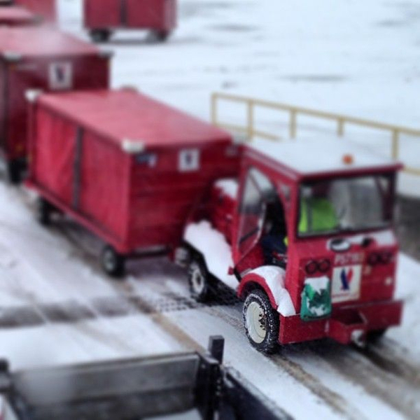 #day's support tugs don't have chains. Now, they are getting stuck in the snow..