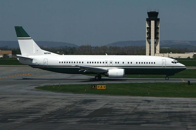 N37NY - Untitled Boeing 737-400
