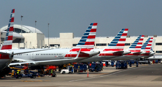 AA * American Airlines