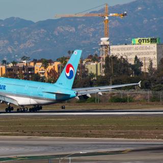 Korean A380 Lands at LAX
