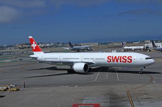 HB-JNH Boeing 777-3DE Swiss SFO 28-05-17