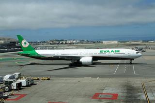 B-16731 Boeing 777-300ER Eva Air SFO 28-05-2017