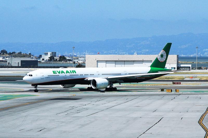 B-16731 Boeing 777-300ER Eva Air AFO 27-05-17