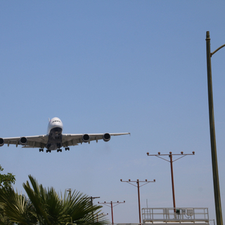 British Airways A380-800 Landing - Plane Watching at In-N-Out Burger near LAX (Los Angeles International Airport) - Tuesday June 21, 2016