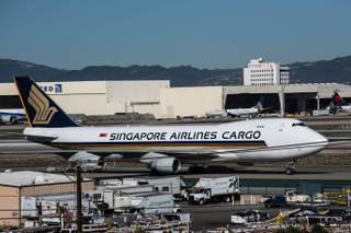 Singapore Airlines Cargo 747-400F