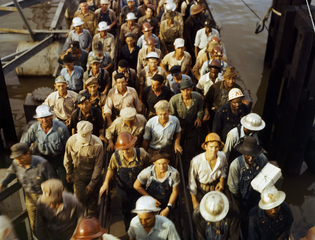 """Installation view of """"America in Color: 1940-1943"""""""