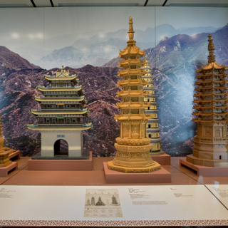 "Installation view of ""The Tushanwan Pagodas: Models from the 1915 Panama-Pacific International Exposition"""