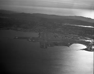 negative: San Francisco International Airport (SFO), aerial
