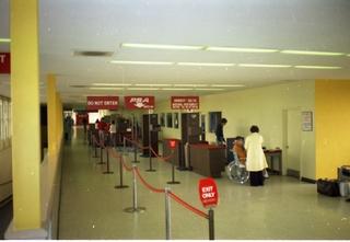 negative: San Francisco International Airport (SFO), terminal interior, security checkpoint