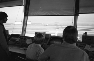 negative: San Francisco International Airport (SFO), air traffic control tower
