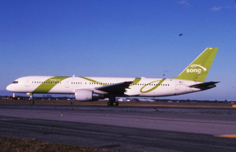 slide: Delta Air Lines (Song), Boeing 757-200, John F. Kennedy International Airport (JFK)