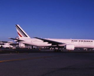 slide: Air France, Boeing 777-200, John F. Kennedy International Airport (JFK)