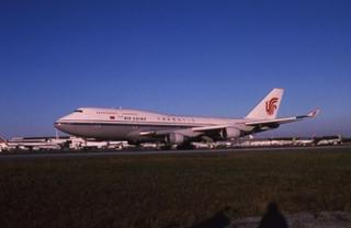 slide: Air China, Boeing 747-400, John F. Kennedy International Airport (JFK)