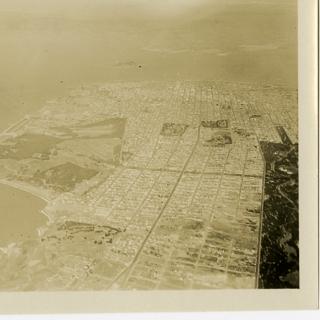 photograph: San Francisco Bay Area aerial, Richmond District and Presidio