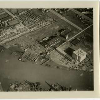photograph: San Francisco Bay Area aerial, Oakland port canal