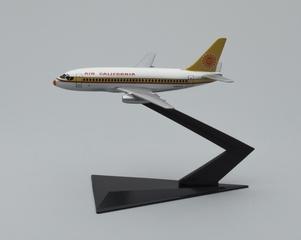 model airplane: Air California, Boeing 737-200