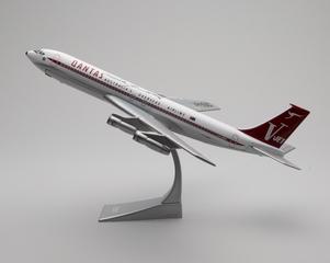 model airplane: Qantas Airways, Boeing 707